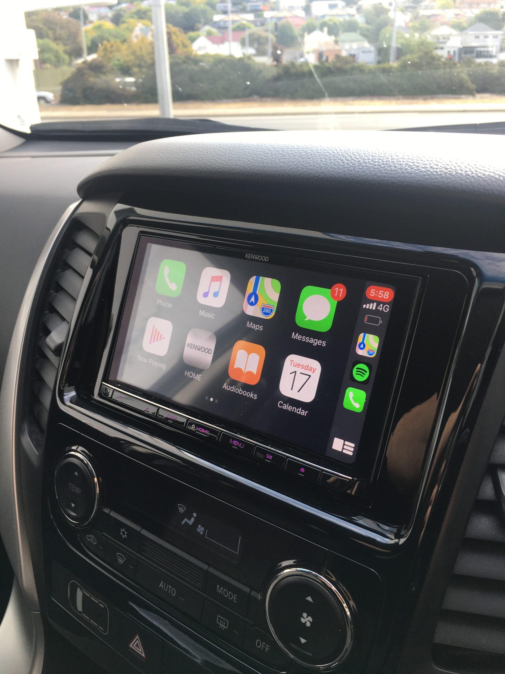 Kenwood wireless CarPlay in Mitsubishi Pajero