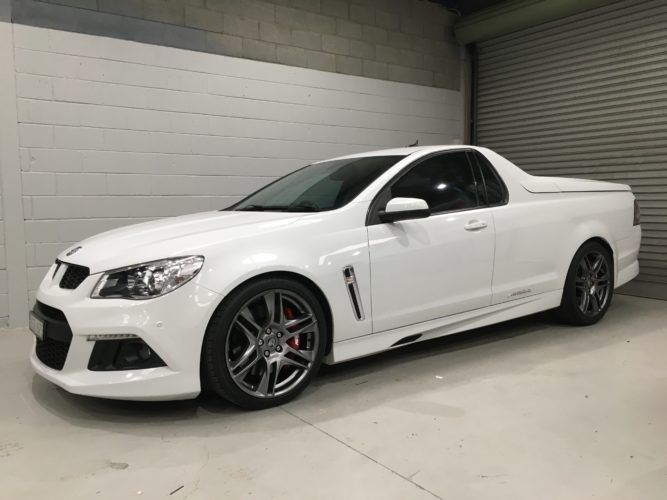 VF Commodore Maloo Stereo