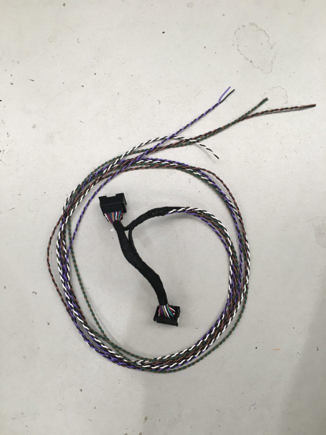 VF Commodore t-harness