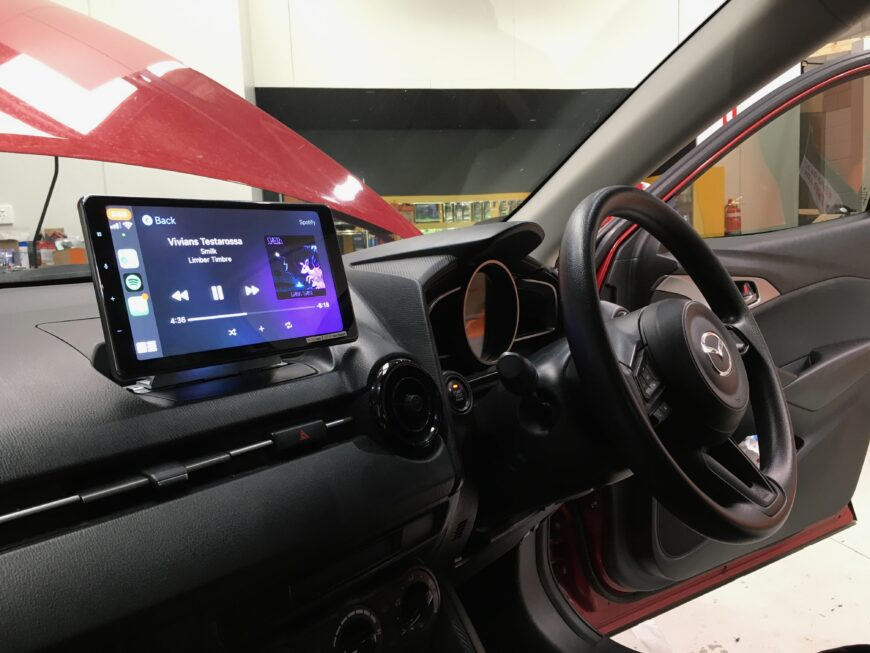 mazda cx-3 CarPlay retrofit